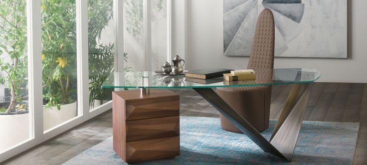 Reflex Prism desk