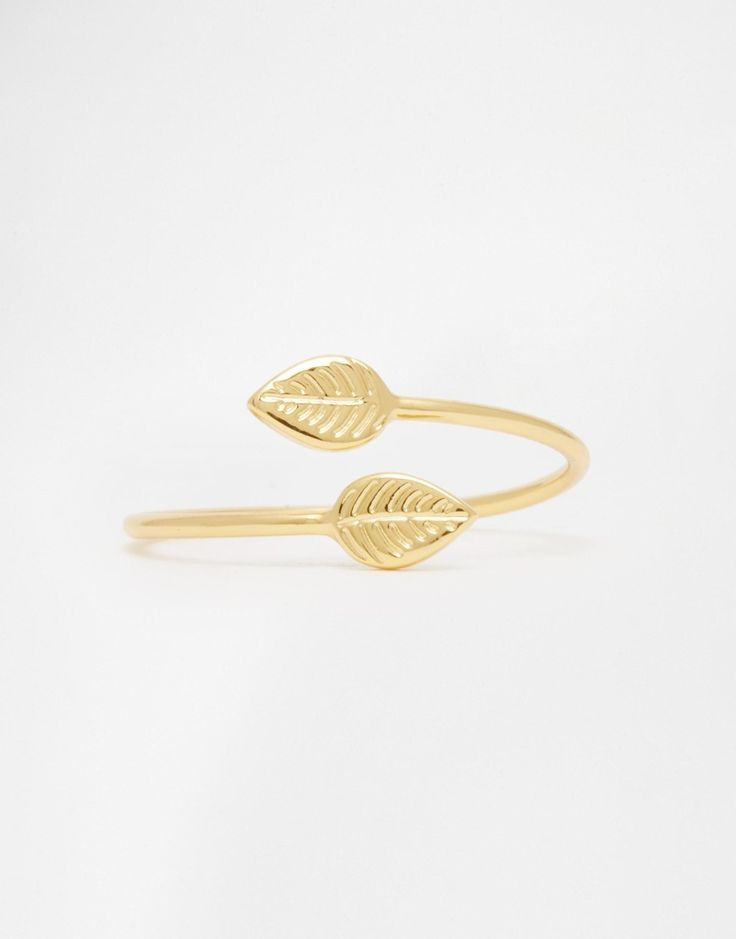 Could this leaf ring be the perfect piece of jewellery for the whimsical wedding! Stunning Wedding Jewellery and great gift ideas at TheLittleDistinctions.com