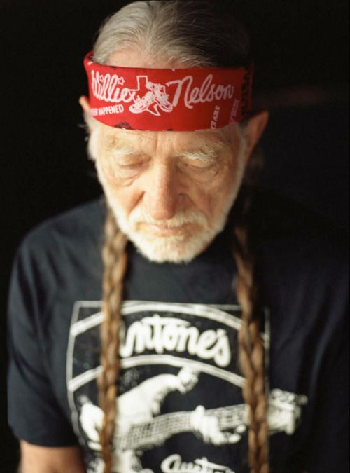 Willie!  Nothin' calms me down better than a lil Willie.