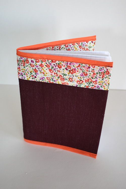 Protège cahier en tissu. Carnet en tissu  http://copain-comme-marie.tumblr.com/