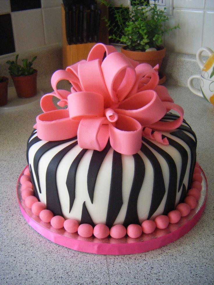 @KatieSheaDesign ♡❤ #Cakes  ❤♡ ♥ ❥ pink zebra cake. so stinkin cute, My daughter would love this