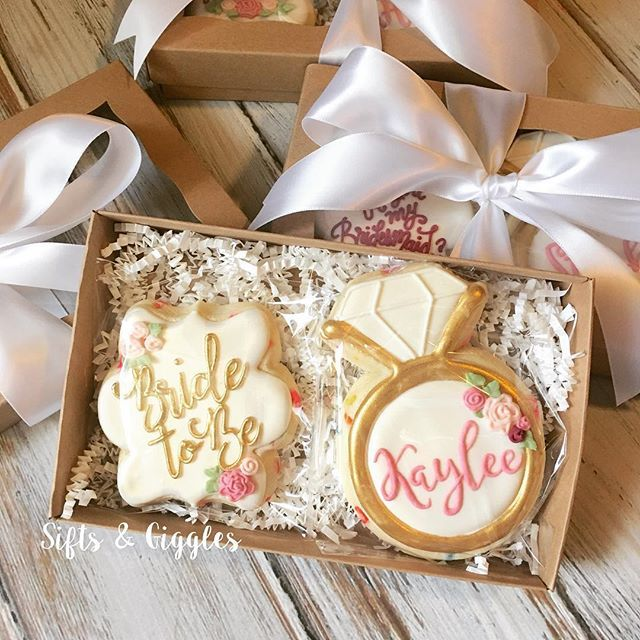*Sigh, I just love making Bridal Party Gift Boxes! . . . . . . #decoratedcookies #bridalparty #willyoubemybridesmaid #weddingcookies #sanantonioweddings #texaswedding #willyoubemybridesmaidgift #sanantoniobrides #brides #bridesmaids #bridetobe #saeats #bridalshower #wedding #icingcookies #shesaidyes #sanantonio #alamoranch #cookies #brpboxshop #satxweddings #iwishthephotowouldcapturethesparkle