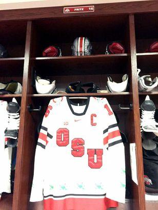 Pretty slick alternate Ohio State sweater! #GoBucks