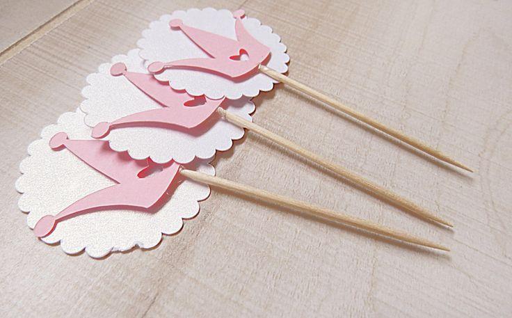 Princesse Cupcake Topper, décorations or et roses, rose et or parti, 1er anniversaire, Couronne Cupcake Topper, bébé douche Cupcake Topper 12CT par CowMeetsAppleDesigns sur Etsy https://www.etsy.com/fr/listing/286847707/princesse-cupcake-topper-decorations-or