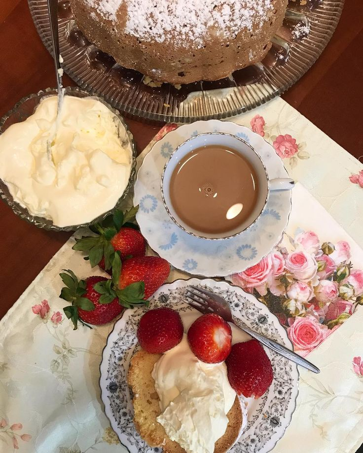 Cake and coffee time with a side serve of ....  . #strawberriesandcream #afternooncoffee #hightea #redlandsstrawberries #brisbaneanyday