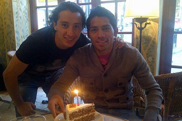 Javier celebró su cumpleaños número 23 en compañía de Guardado y sus respectivas parejas.