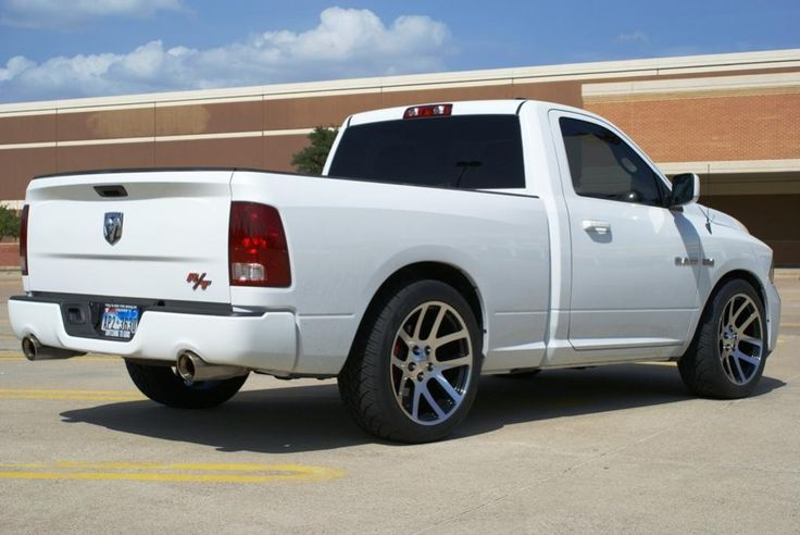 white ram rt rear view awesome trucks pinterest rear view and shoes. Black Bedroom Furniture Sets. Home Design Ideas