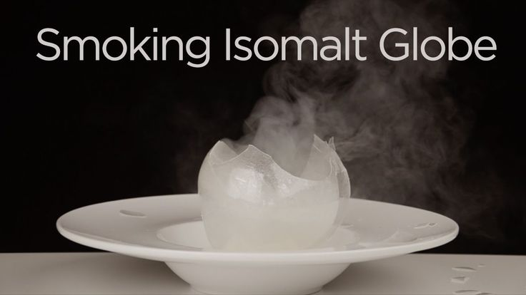 Blown Sugar / Isomalt Sphere Filled with Smoke