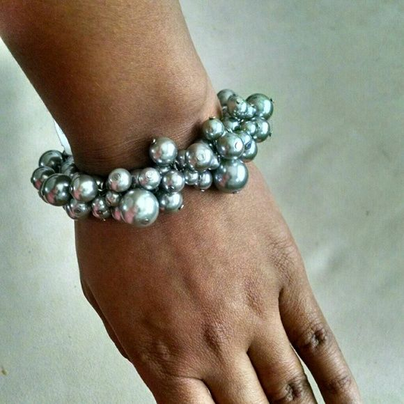 {3 for $19} Silver Beaded Cluster Bracelet Tons of different sized matte silver beads adorn your wrist and add a bit of flair to any outfit. Elasticized band adjusts to fit most. ✈ Fast Shipping ✈  Thanks for checking out my closet! The Limited Jewelry Bracelets