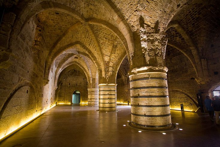 Khan al-Umdan - also known as Khán-i-'Avámid) is the largest and best preserved Khan in Israel and is located in the Old City of Akko (Acre) http://www.worldheritagesite.org/sites/acre.html