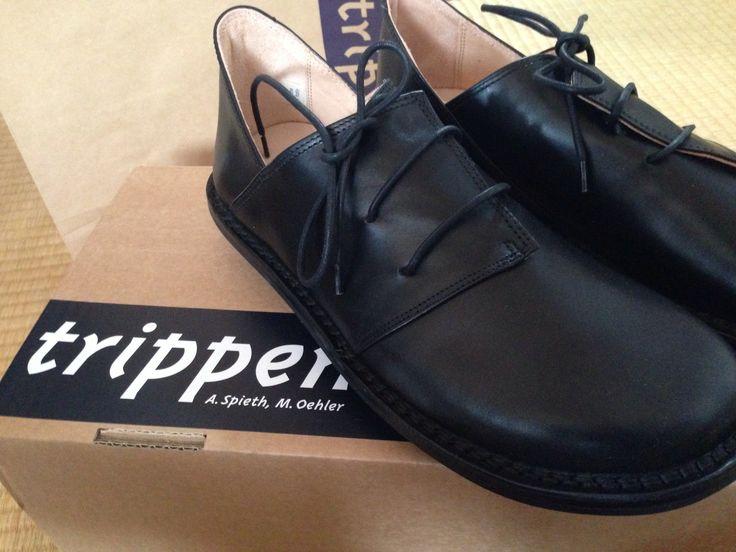 trippenのHaferlの黒。