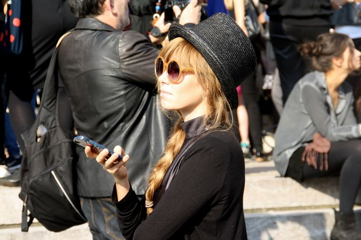 Nothing like a top hat. Paris Fashion Week Streetstyle, by Lois Spencer-Tracey of Bunnipunch