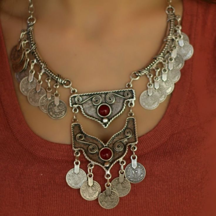 Vintage Antique Silver Chunky Coin Boho Bohemian Statement Collar Retro Necklace #Takimania #Charm