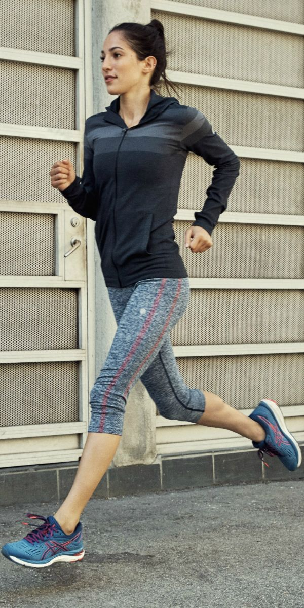 Asics Flagship Shoe Gets A New Look Check Out The Gel Kayano 25 Workout Clothes Fashion Clothes