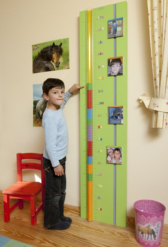 Selbstgemachte Messlatte fürs Kinderzimmer: So macht älter werden richtig Spaß!