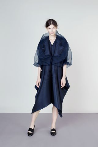 Issey Miyake Resort 2013 Collection Slideshow on Style.com