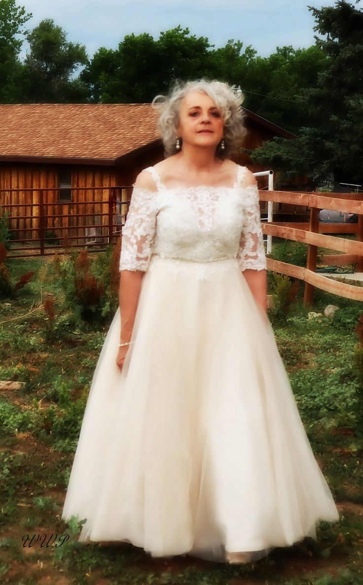 A Beautiful Bride's 50th Vow Renewal in 2020 Wedding