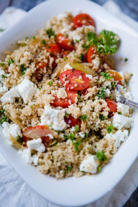 Couscous mit geschmorten Tomaten und Feta – ohne Minze
