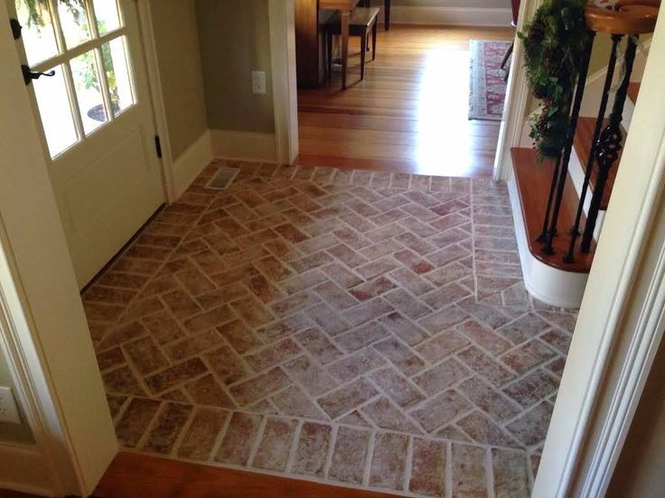 Never thought about doing a seperate entry way tile....