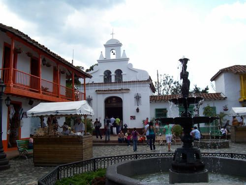 Pueblito Paisa en Medellín: 13 opiniones y 46 fotos