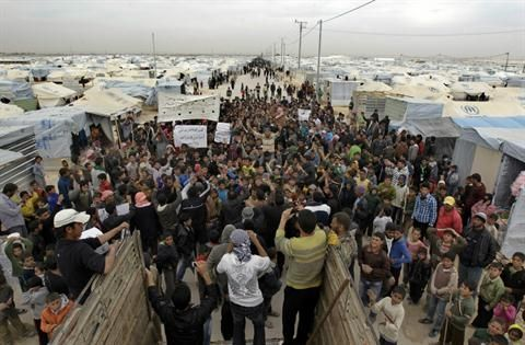 Thousands of Syrians are now stranded at the border with Jordan. Read the new report by Rana Sweis here: http://nyti.ms/1vBfHzK