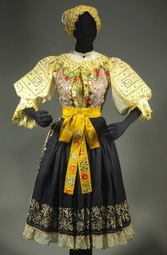 Vintage Slovak Folk Costume Slovakia Piestany Kroj Embroidered Blouse Vest Skirt