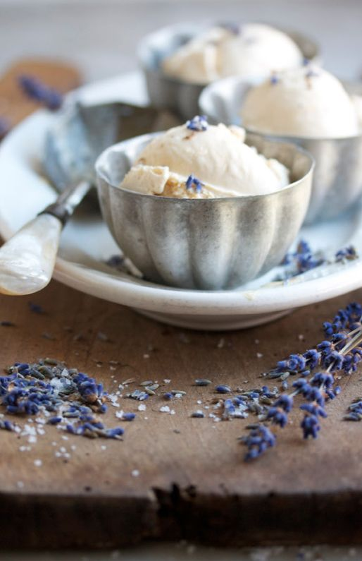 beautiful: Lavender Icecream, Homemade Lavender, Food Style, Yummy Icecream, Cream Bowls, Lavender Ice Cream, Lavender Cream, Ice Yummy, Jello Moldings