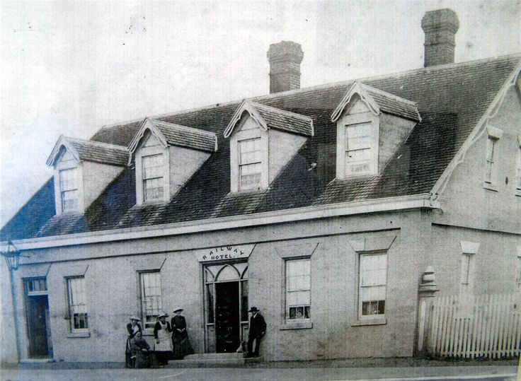 Former Racecourse Hotel (1840s), a two storey brick Georgian inn. It was originally intended to be the 'Railway Hotel'when the line was planned to run through Longford and Cressy, and then northwards. However, the line was re-routed after the building was completed.