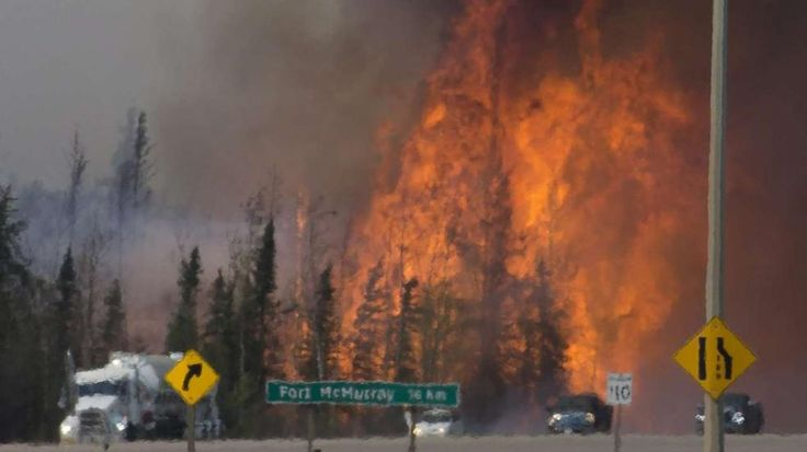 Zerstörte Fläche größer als Berlin |Flammenmeer in Kanada breitet sich immer weiter aus