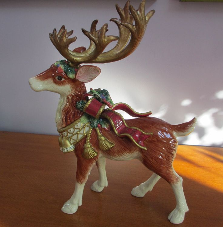 Large fitz floyd classics standing christmas winter deer