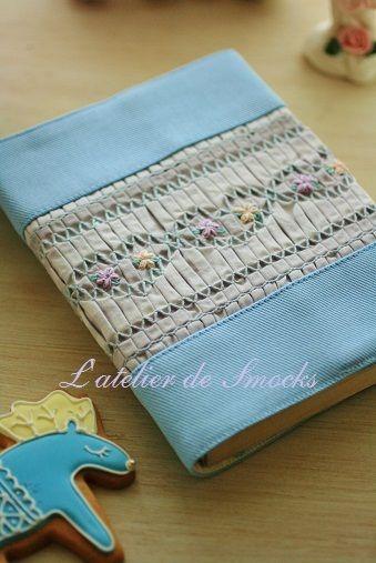 スモッキング刺繍の小さなグラニーバッグ♪の画像   スモッキング刺繍教室 L'atelier de Smocks 新宿・恵…