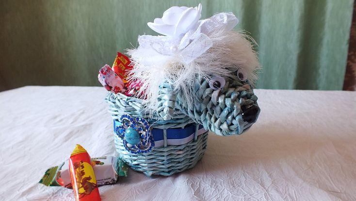 Плетение из газет  Корзинка weaving newspapers  поделки из бумаги  масте...