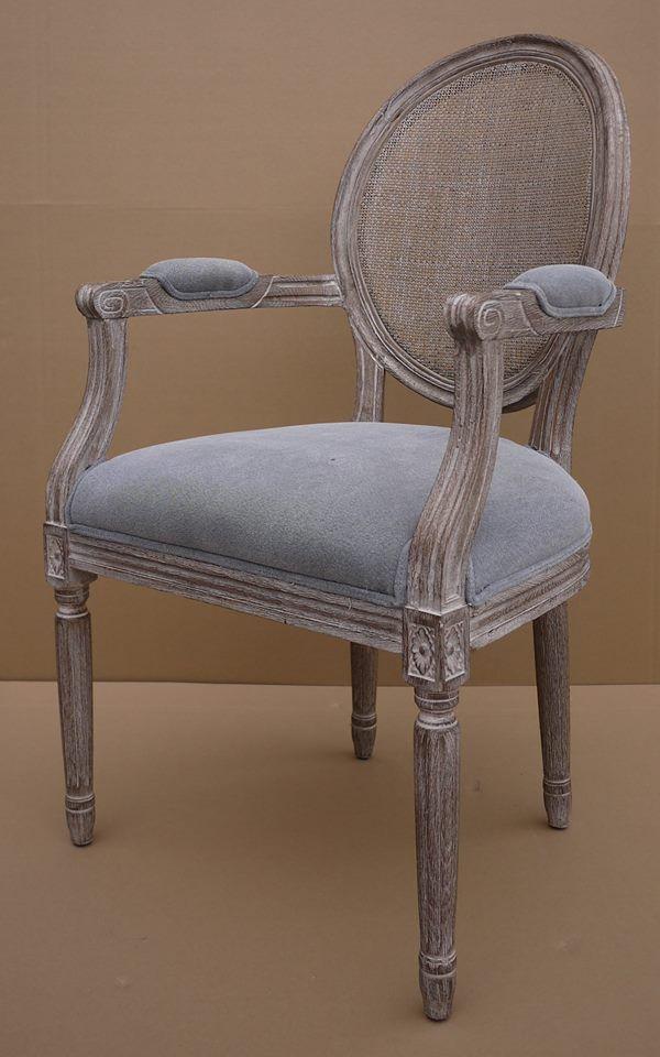 MARABIERTO - Silla Roundback c/brazo Respaldo esterillado y tapizado gris piedra (algodón)