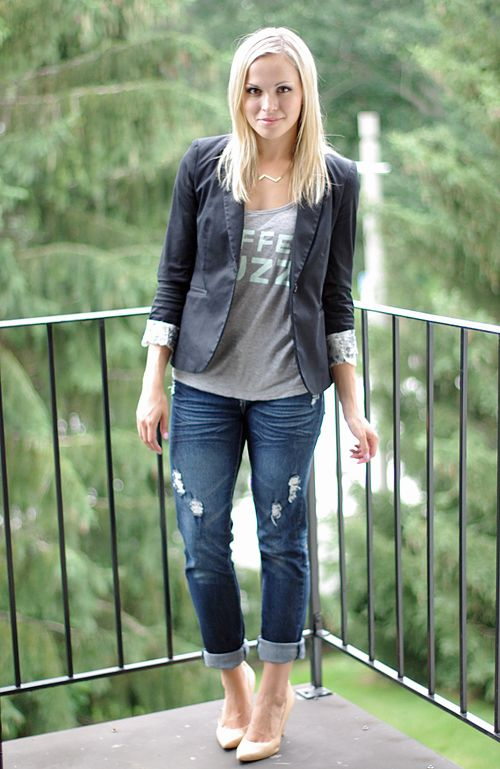 Distressed jeans, black blazer and heels