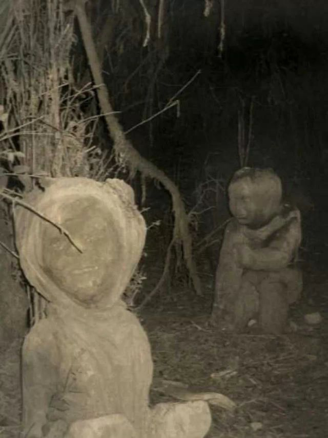 These Unexplained Vintage Snaps Prove That the Past Is Way Creepier Than the Present! | moviepilot.com