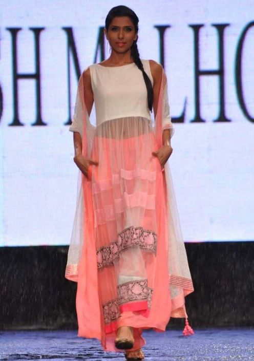 Manish Malhotra Fashion Show 2013