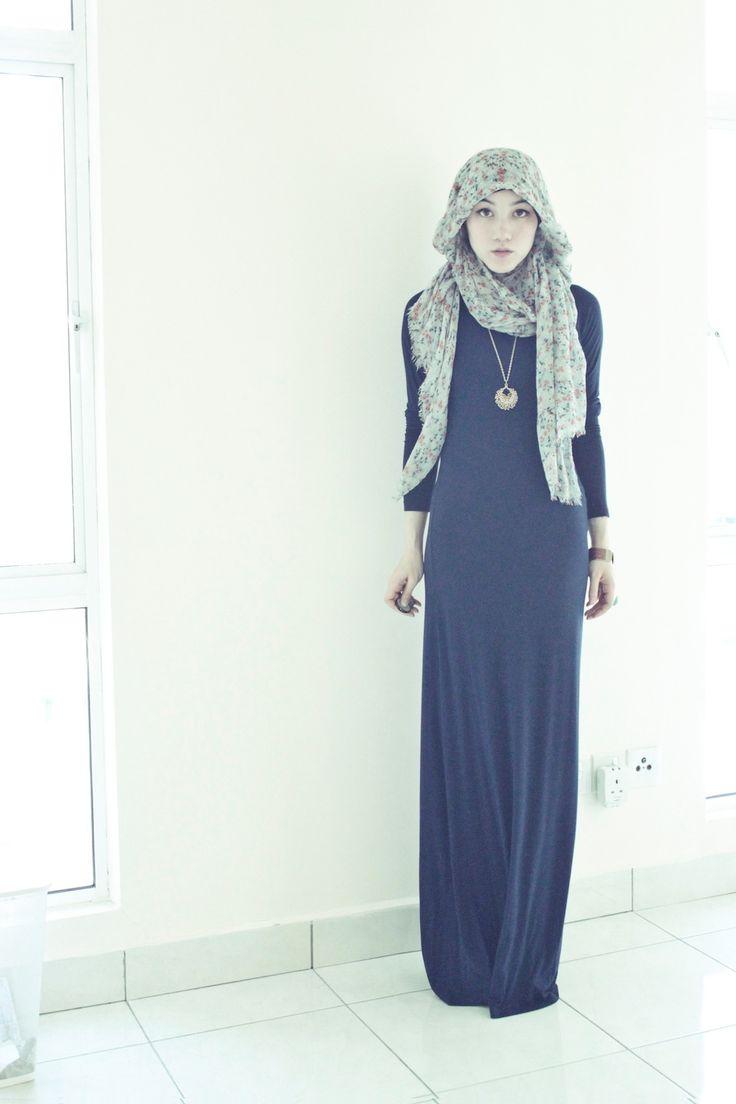 hana tajima in maysaa jersey maxi dress #hijab #maxi dress