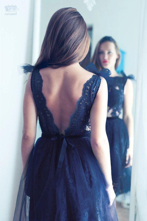 Robe de soirée dentelle bleu marine robe dos par CarouselFashion