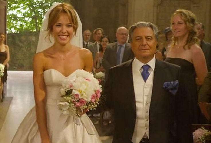 Elodie Fontan – costume designer Eve-Marie Arnaultphoto from the movie Serial (Bad) Wedding