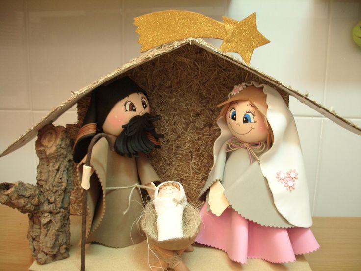 Como hacer un belén o nacimiento de navidad en goma eva.