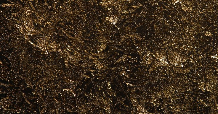 Por qué el suelo es un recurso renovable. Un recurso renovable es uno que puede ser repuesto antes de que se agote el suministro existente. Si la reposición de un recurso en un estado utilizable cuesta más de lo que se hizo para producir o extraer el recurso en primer lugar, es efectivamente no renovable. Es importante desarrollar y utilizar técnicas que aceleren la reposición mientras ...