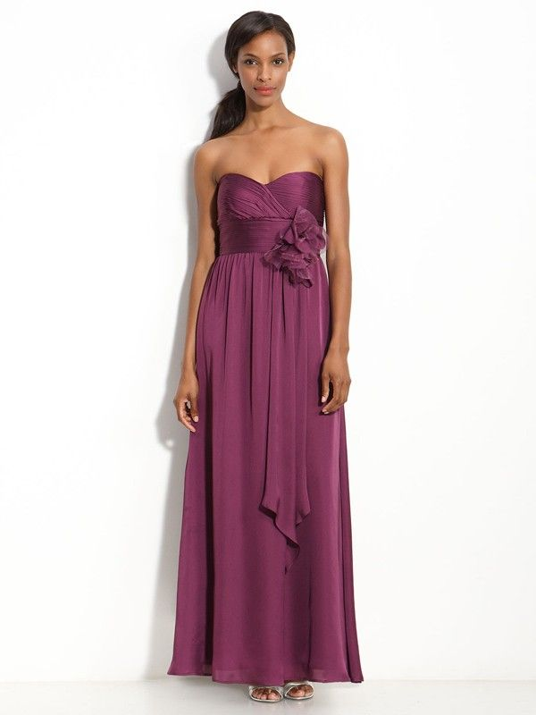 Sweetheart Sheath/Column Chiffon Bridesmaid Dress With Hand-Made Flower