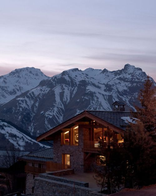beautiful home in the mountains. would loveee to live hereDreams Home, Dreams House, Ski House, Mountain Cabin, Swiss Alps, Mountain Home, French Alps, Modern Interiors, Mountain House