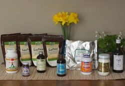 Having trouble with milk supply? Need to supplement? Here is everything you need to make homemade formula and avoid the chemical-laden stuff. Nourishing Traditions Kit for Homemade Baby Formula