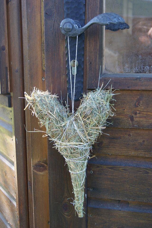 Filz und Garten: Basteln für Muttertag: DIY - Ein Herz aus Heu