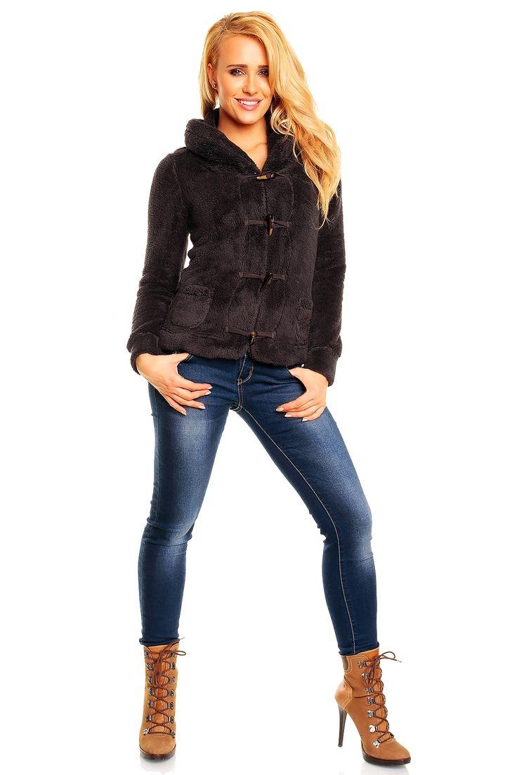 Polar dama la numai 6.5 euro+TVA pret de engros. Avem si alte modele asemanatoare. Ne adresam magazinelor de haine noi . Suntem furnizor de haine outlet noi , avem cantitati mari de haine si oferta competitiva . Contactati-ne pertru liste de preturi cu poze .