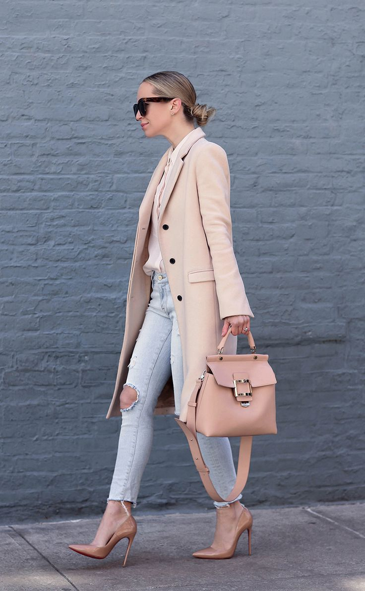 Spring Style: Blush Coat & Roger Vivier Bag