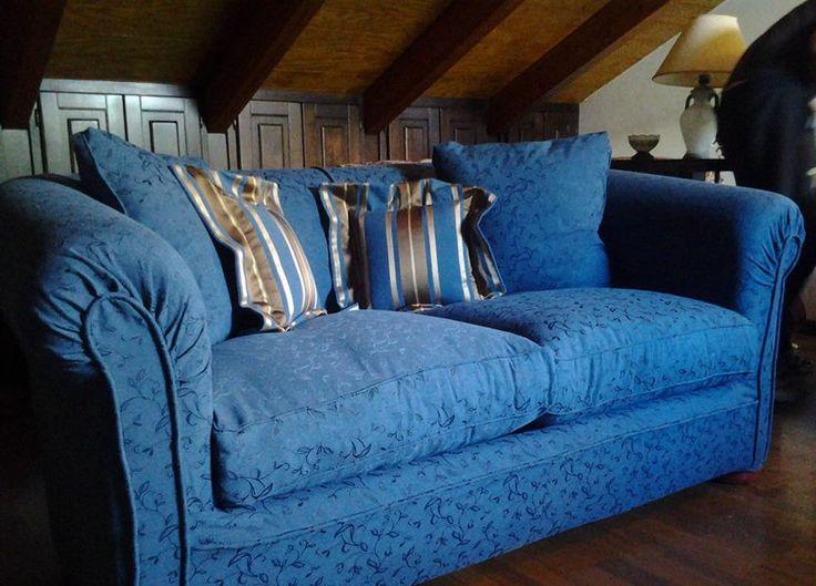 rivestimento per divani sfoderabili in due colori coordinati e coordinato da cuscini
