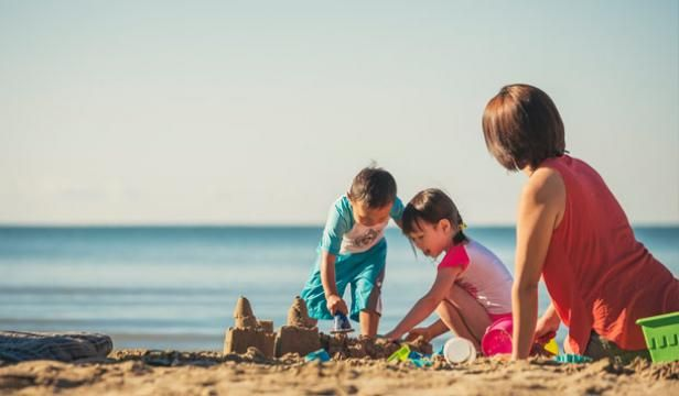 "Four ""can't miss"" beaches in Ontario's Southwest that find the right mix between fun and education."