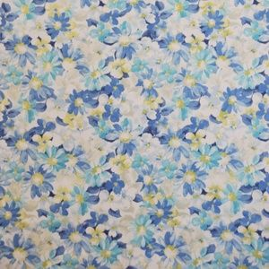 Pot Pourri Cornflower 100% cotton 137cm 63cm Curtaining